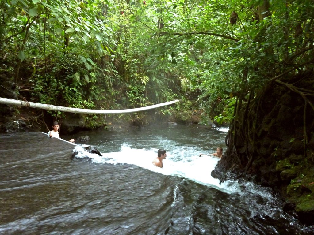 free hot springs arenal costa rica