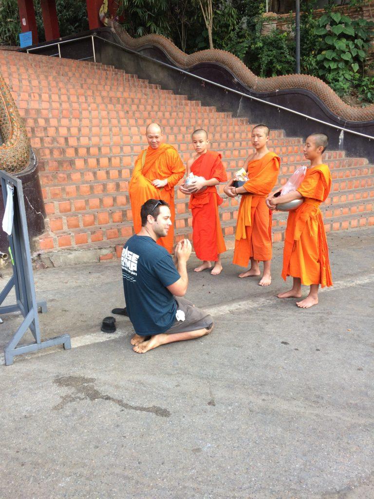 doi suthep monks