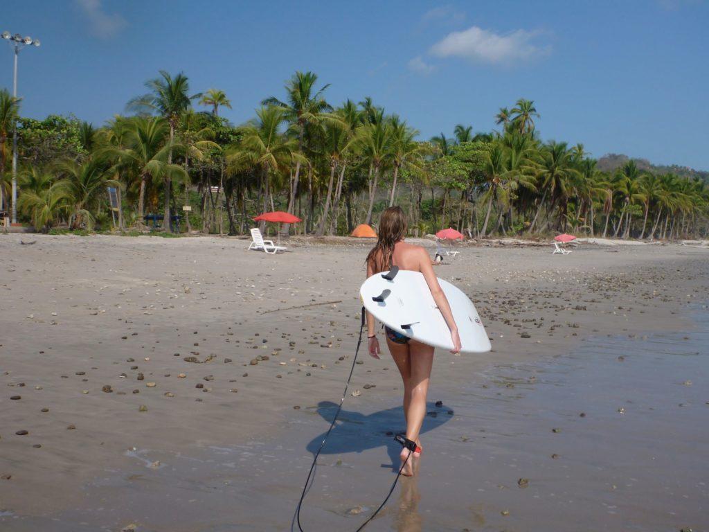lindsay-surfing-santa-teresa