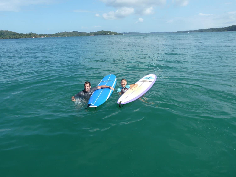 Surfing in Bocas del toro - follow your detour