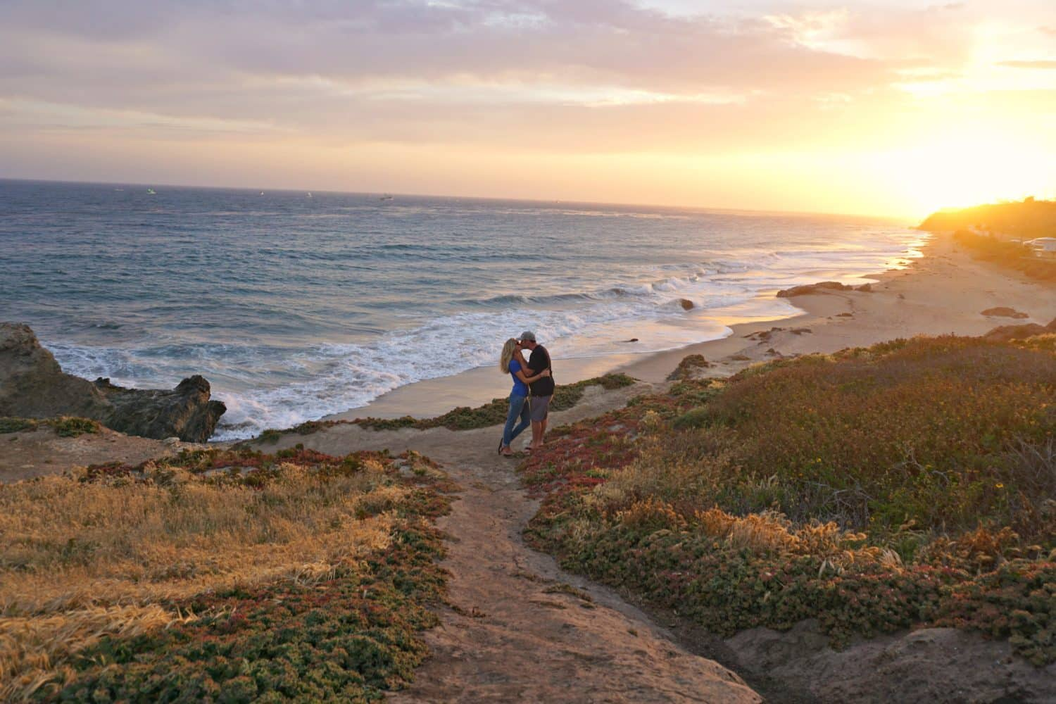 kissing sunset shot at leo carrillo beach in malibu