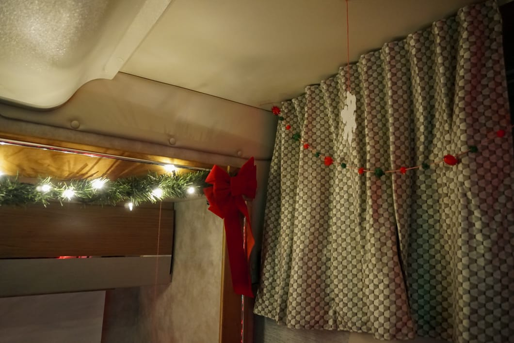 Decorating an RV for Christmas