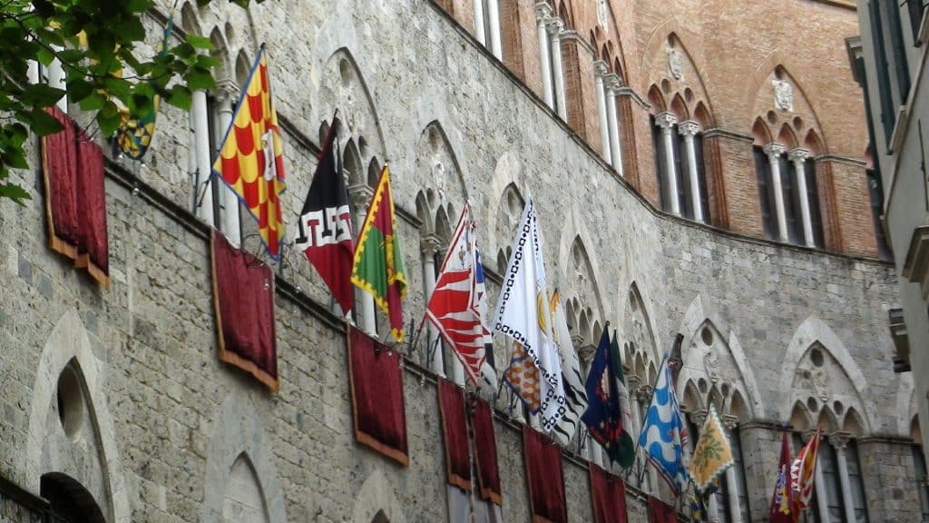 flags of siena italy